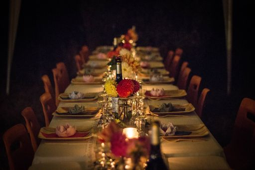 In dieser Kategorie findet ihr florale Windlichter und blumige Windlichter für eure Hochzeitsfeier.