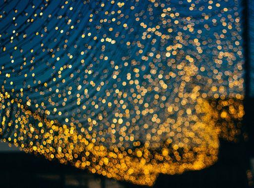 Zaubert stimmungsvolles Licht mit unseren modernen Windlichtern oder unseren minimalistischen Windlichtern.